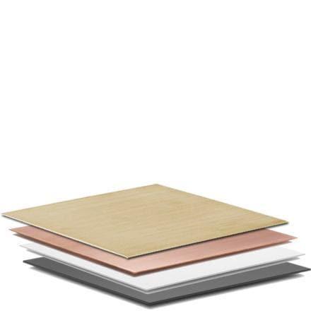 Base fra by Lassen, en plate til å bruke som underlag under lysestaker og boller i Kubus-serien