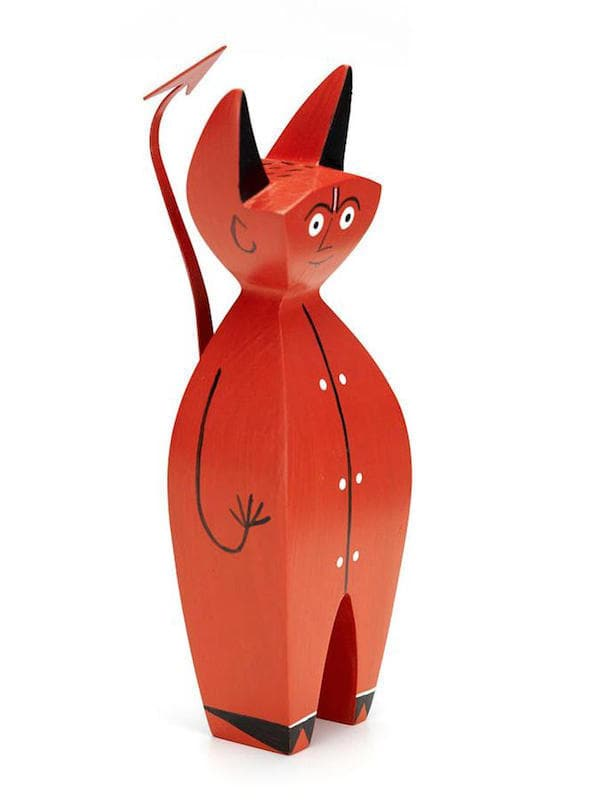 vitra-girard-wooden-dolls-little-devil-04_zoom-2