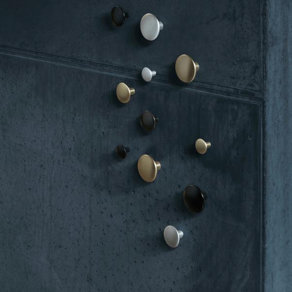 muuto the dots metal sett of 5 aluminium interi rbutikken. Black Bedroom Furniture Sets. Home Design Ideas