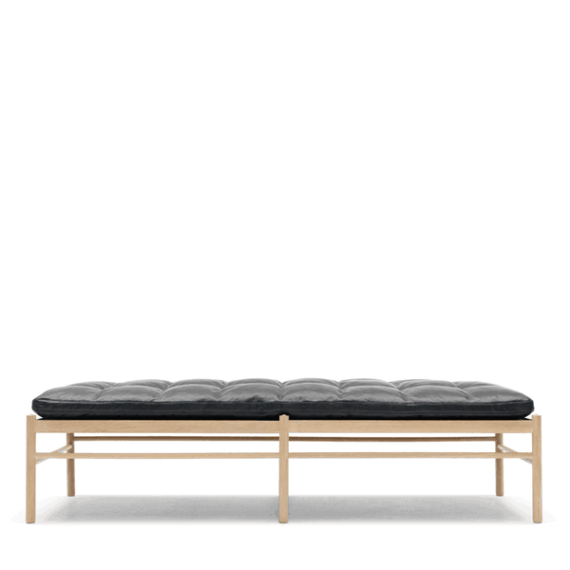 Carl Hansen OW150 Daybed Black Leather