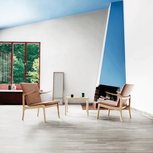 Wanscher OW124 beak chairs living room
